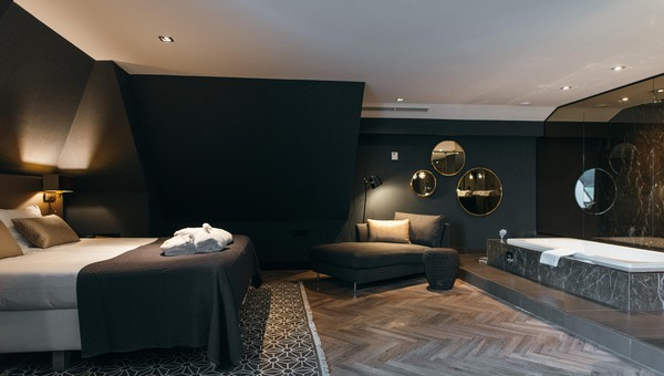 Comfort deluxe suite | open badkamer | Van der Valk Hotel ...